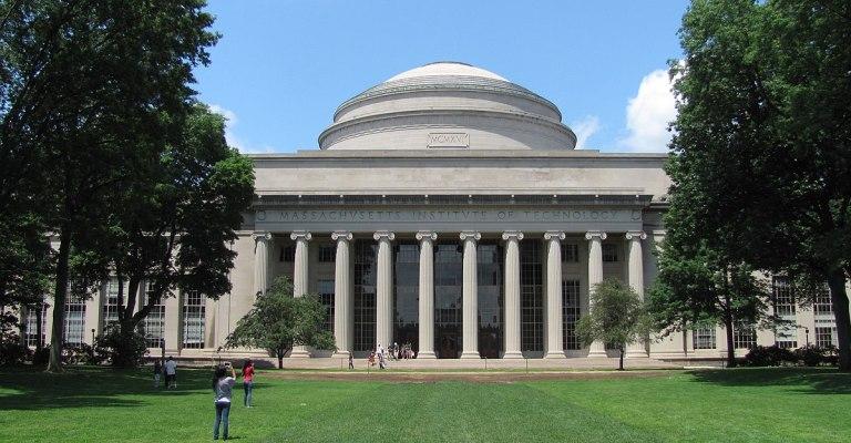 MIT oferece bolsa de estudo integral para áreas de Engenharia e Ciências da Vida